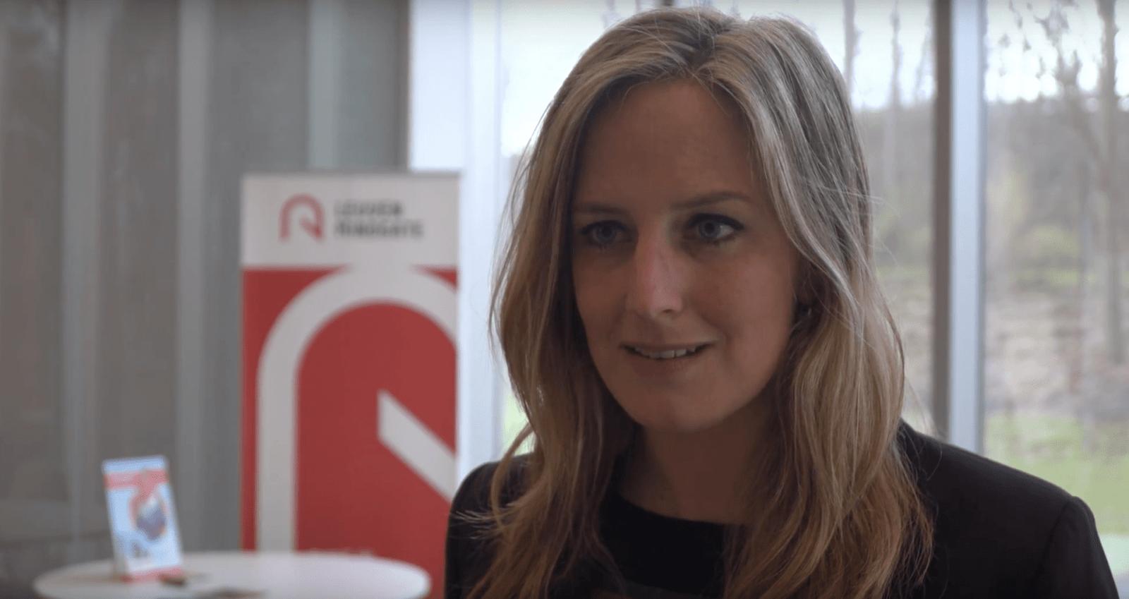 Florence Pérès geeft een lezing over Digital Balance
